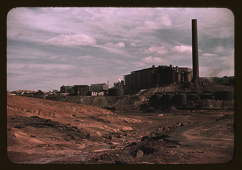 Copper mining and sulfuric acid plant, Copperhill], Tenn. (LOC)