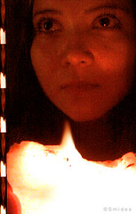 caty _jungla (Felipe Smides) Tags: chile friends light party amigos art luz photoshop fiesta arte s amigas vela felipe carrete caty jungla iluminada resplandor artisticexpression mywinners abigfave k310 aplusphoto beatifulcapture artlegacy smides fotografiasmides funfanphotos felipesmides vovela catyjungla catyfritz