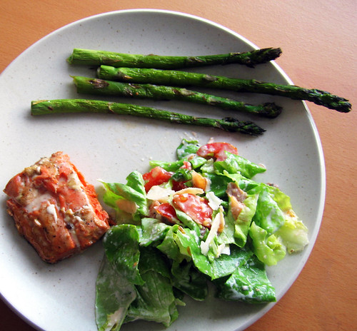 dinner - marinated salmon, grilled asparagus