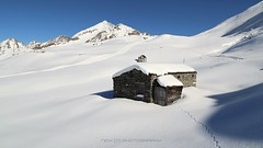 White paradise (_Nick Outdoor Photography_) Tags: img9986 passosanmarco orobie valtellina vallebrembana snowshoes hiking nickphotography valico winter canoneos6d beauty snow whiteparadise sunnyday