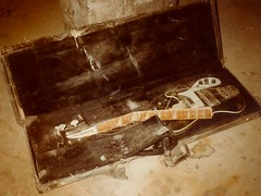 Crushed Rickenbacker (Paul McRae (Delta Niner)) Tags: bass guitar accident crushed rickenbacker brokenneck inpieces 4001 d800fr