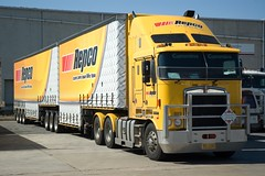 Repco (Rohan Phillips) Tags: big nikon d70s australia trucks trucking rigs kenworth semitrailer k104