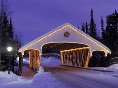 Christmas Covered Bridge, Alaska (kruhme) Tags: christmas schnee wallpaper usa snow adorno alaska weihnachten puente navidad luces nieve coveredbridge fondo coveredbridges estadosunidos fondodeescritorio navideo eeuu staaten hintergrundbilder vereinigtestaaten vereinigte cubierto