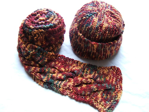 Scarf/hat set