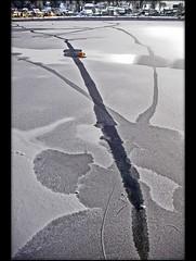 Winter : December 20, 2007 11:08 LaValle de Joux Switzerland. Its written on the ice. (Izakigur) Tags: schweiz switzerland nikon europa europe flickr suisse suiza swiss feel jura d200 helvetia svizzera ch dieschweiz musictomyeyes  vaud laneige cubism suizo valledejoux lacdejoux romandie lepont joux myswitzerland lasuisse nikond200  cantondevaud  lavalledejoux confdrationsuisse confederaziunsvizra izakigur schne suisia laventuresuisse izakigur2007 izakigurjura ringexcellence