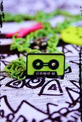 R a 3 i o \m/ ..u rock my world =') (✧S) Tags: green yellow necklace rocks drawings mara million cassete lllll ra3iatha ra3io thankkkkkkssss fdaaaaaiiittchhh a7laaaapicfel3alaaam iloveuu luuuvvviichhh bamoooot|
