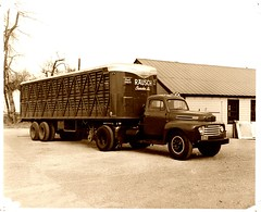 Rausch truck (light reading) Tags: semi 1940s 1950s trucking cherokeeiowa
