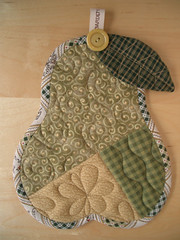PEAR trivet (PatchworkPottery) Tags: handmade sewing crafts country pear quilted patchwork zakka trivet potholder