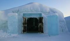 IMG_3529 (gezzajax) Tags: blue snow cold art ice water architecture reindeer design bed sweden freezing arctic e freeze lapland northern dogsledding kiruna icehotel arcticcircle jukkasjrvi snowmobil torne reindeerskin rivertorne