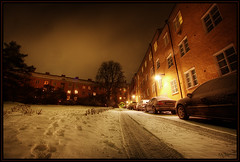 Beemer (Kaj Bjurman) Tags: winter light house snow night buildings dark eos sweden stockholm bmw sverige bergen 2008 hdr kaj beemer rd vasastan cs3 photomatix 40d bjurman