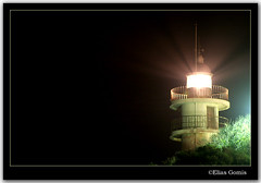 El faro (Elas Gomis) Tags: naturaleza lighthouse beach nature night canon faro noche mar playa alicante nocturna fotografianocturna playadesanjuan cabodelashuertas eliasgomis