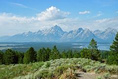Tetons (Robby Edwards) Tags: vacation mountain nationalpark wyoming grandteton tetonrange grandtetonnationalpark