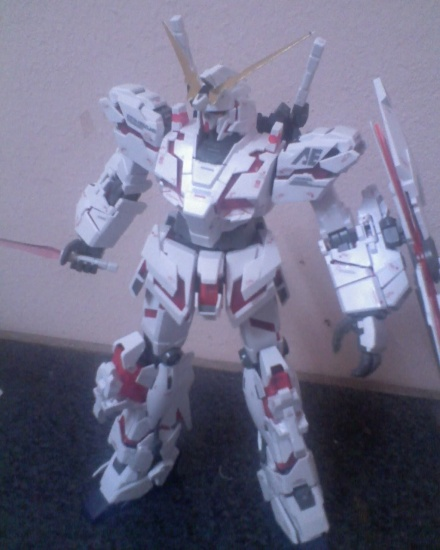GUNDAM UNICORN-my kit destroy mode! 2473266378_e2a3e66b1c_o