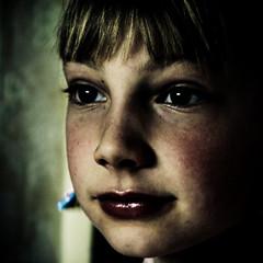 [Mline] (Christine Lebrasseur) Tags: portrait people france art 6x6 canon child 500x500 kidslife mline world100f alwaysexc allrightsreservedchristinelebrasseur gettylicensed