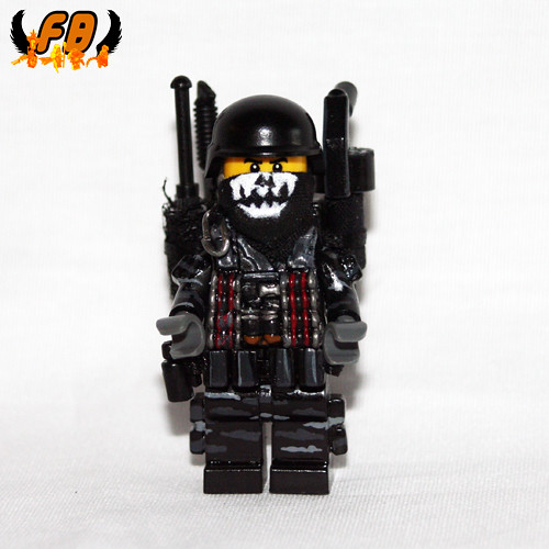 Custom minifig Modern Warrior - Heavy Gunner - Plain View