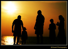 Family | Pondicherry (@k@sh) Tags: canon 350d 1855mm 1855 pondicherry aks akash pondi canon 350d puducherry aplusphoto gandhighat f3556