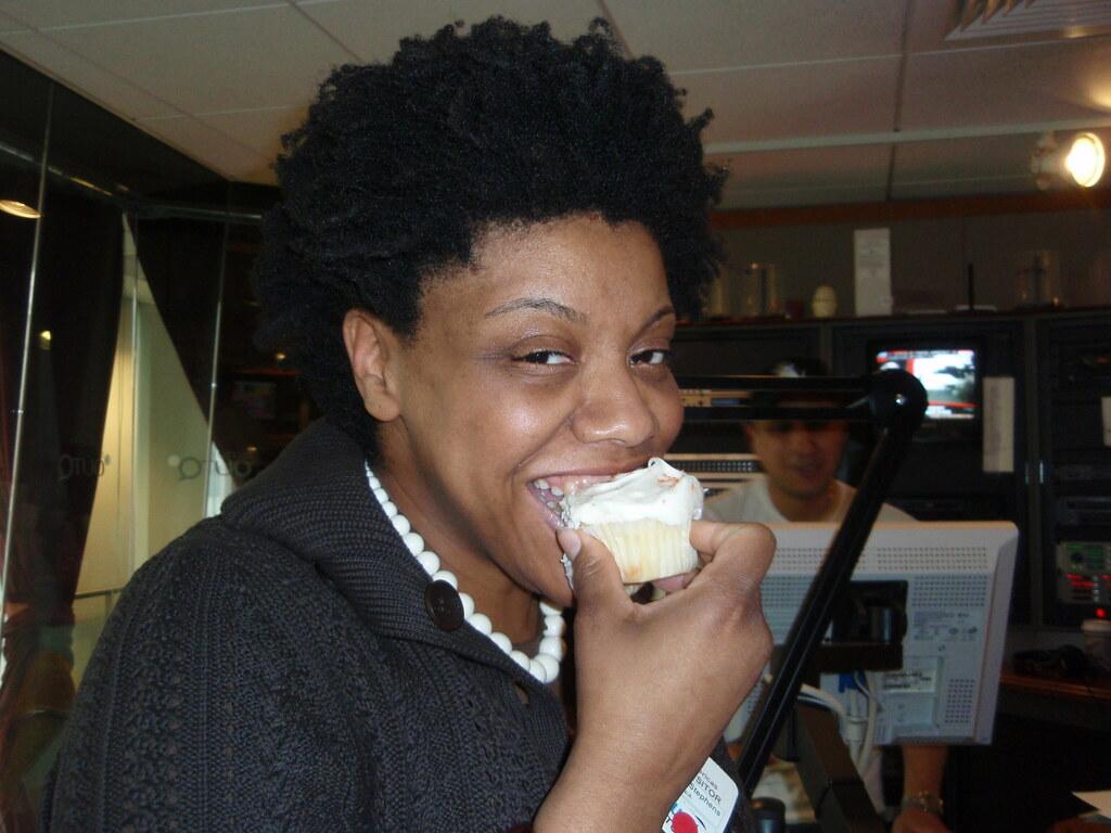 Nichelle enjoys a cupcake
