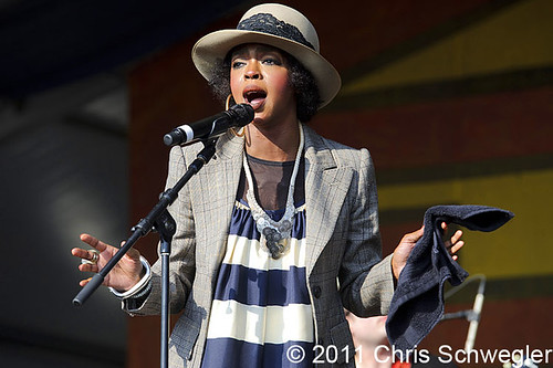 Lauryn Hill - 05-07-11 - New Orleans Jazz & Heritage Festival, New Orleans, LA