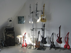 Basslab Gitarren u. Bässe