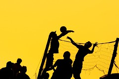 bola voli (Farl) Tags: travel bali net sports colors silhouette yellow ball indonesia gold jump afternoon shadows play action volleyball players presunset canggu tibubeneng banyupinaruh