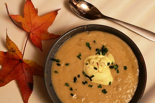 Sunchoke Soup with Saffron Creme