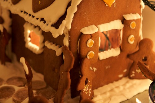 Heidi's Gingerbread Winter Wonderland