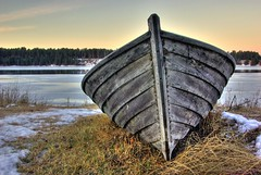 Boat (Wiking66) Tags: blue winter fab ice water vinter sweden sverige vatten soe hdr patrik bl aficionados lule blueribbonwinner norrbotten engman supershot gddvik 1mill abigfave k10d karlsvik pentaxk10d anawesomeshot colorphotoaward ultimateshot superbmasterpiece diamondclassphotographer flickrdiamond superhearts ilovemypic onlythebestare photofaceoffwinner platinumheartaward betterthangood justpentax goldstaraward spiritofphotography 100commentgroup bestflickrphotography