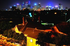 dang suburbs (mugley) Tags: city trees houses skyline architecture night buildings nikon cityscape australia melbourne victoria suburbs chimneys shrubbery northcote urbanlandscape d300 tinroofs 55200mmf456gvr timminsst