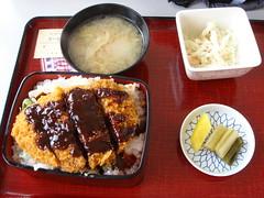ゲレ食:味噌カツ丼