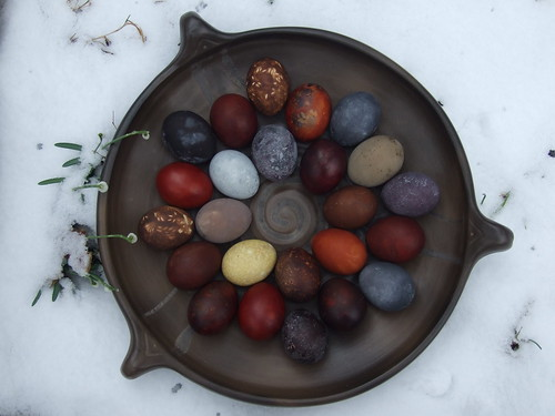 beautiful natural dye for eggs