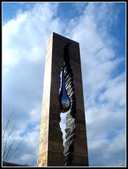 Tear Drop Memorial (JeffKWW) Tags: newjersey si worldtradecenter nj jersey wtc september11th 911memorial sept11th