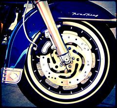 Harley (zupermx) Tags: california camera city travel blue vacation motion black color colour art bike metal azul canon mexico one photo fuji foto force arte shot photos mark sony negro wheels culture ciudad colores tires bleu harleydavidson bajacalifornia ensenada neo baja marques globalisation vacations vacaciones camara cultura brands azur global llantas motocicleta motocycle roadking
