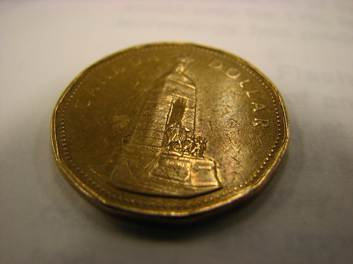 Canadian loonie one dollar coin, reverse (back/tails) image