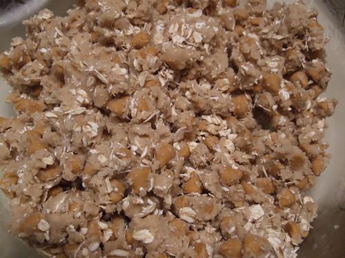 oatmeal caramel pecan bars (2)