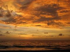 Fiery (Manikya.) Tags: sunset nature srilanka peopleschoice goldenglobe goldsealofquality astoundingimage manikya kodithuwakku