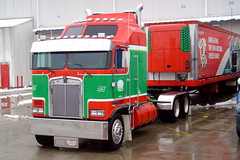 Kenworth Cabover (DieselDucy) Tags: truck cab sony over cybershot semi trailer dsct1 coe kw kenworth cabover
