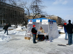 DSC07675.JPG (Ann Althouse) Tags: snow universityofwisconsin obama