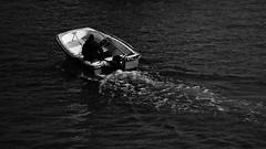 IMG_2054 (mazzottaalessandra) Tags: barca pesca scia schiuma mare boat man persona movimento monocromo bianconero contrasto canon teleobiettivo old sea