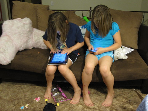 Bubble Pop Challenge - girls playing on iPod Touch and iPad