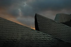 Atardecer en el Guggenheim (Rubn G. Cabo) Tags: espaa atardecer bilbao guggenheim museo pasvasco euzkadi