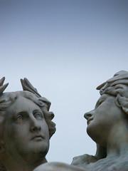 Wien: Parliament (Giorgio Verdiani) Tags: vienna wien statue parliament marble statua oldcity w12 parlamento marmo olympuse500 imagesoftheworld anawesomeshot workshop12