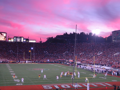Sun sets on the Rose Bowl as USC score another touchdown