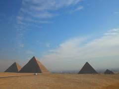 Morning Light (horstgeorg) Tags: fab sky art colors pyramid egypt cairo pyramids piramides giza piramide holidaysvacanzeurlaub flickrdiamond photofaceoffwinner