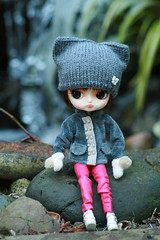On Frozen Pond - BBBBRRRRRRrrrrrrrr (jillybug ~) Tags: ice pond rocks dal darby drta princesschuchi mittensfromvmstock sugarmagjacket