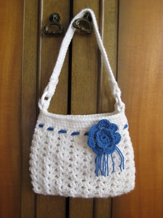 Crochet Hobo Bag Pattern : CROCHET HOBO BAG PATTERN - Crochet Club