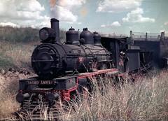 PB15 with coal hoppers (Leonard John Matthews) Tags: train engine railway australia steam queensland locomotive coal redbank hopper pb15 mythoto