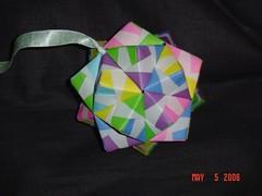 折り紙 Origami  Sonobe Cumulated Icosahedron  V3 (Modular Origami) (Origami Tatsujin 折り紙) Tags: art colors paper paperart origami geometry modular sonicboom fold create multicolored japaneseart papiroflexia module papercraft unit papercrafts polyhedra modularorigami おりがみ multidimensional 折り紙 geometricbeauty geometricart cooperativelearning icosohedron colorfulart origamipolyhedra sonobeunit analyticalgeometry turtleunit origamitutorial mathematicsofpaperfolding mathematicsorigami origamitechniques