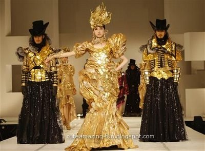gold coins outfit
