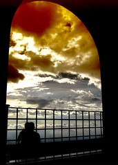 (Luz Adriana Villa A.) Tags: sky window silhouette backlight clouds canon contraluz ventana colombia bogota heaven photographer powershot cielo nubes creativecommons villa excellent awards monserrate luza a430 splendiferous 10faves agrade aplusphoto
