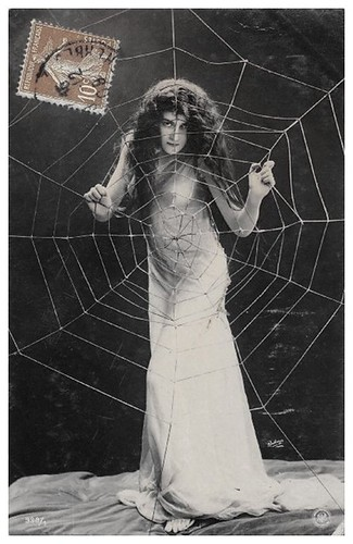 Gothic Lady Spiderweb (by Bohemiart)
